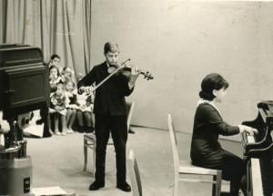 На телевидении: Сергей Зимин, конц. Татьяна Тиндетникова (Рыбалко Т.И., заместитель директора), 1964 год